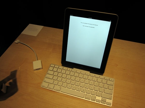 ipad keyboard brand new in box (vancouver) $60 Classified Ad - Vancouver